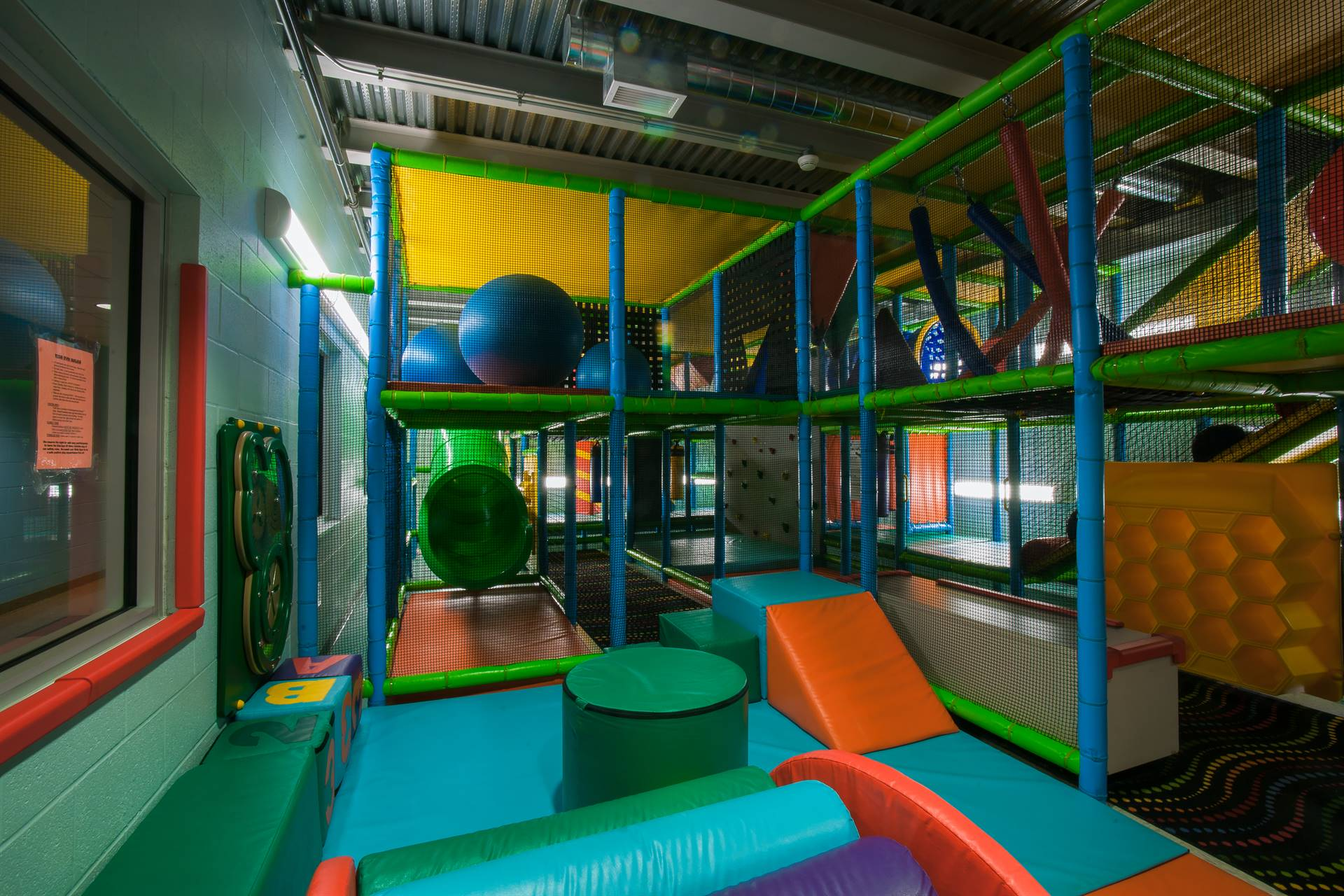 Kids' Gym Picture 2